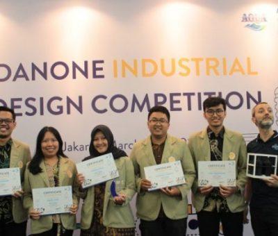 Mahasiswa UGM dan ITB Raih Tim Terbaik Kompetisi Desain Industri Danone-AQUA