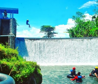 River Tubing Pusur Klaten