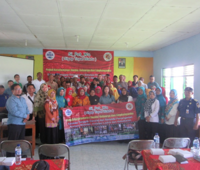 Karyawan AQUA Klaten sosialisasikan safety ke masyarakat dengan Si-Pat_Wa ( Sigap Tepat Waktu )