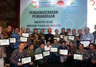 Danone-AQUA Raih Penghargaan Industri Hijau 2019, Berhasil Menjalankan Efektivitas dan Efisiensi untuk Keberlanjutan Operasional 15 Pabrik